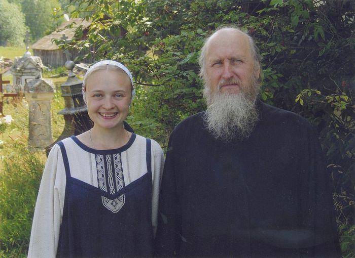 Отец Геннадий Нефедов и невестка