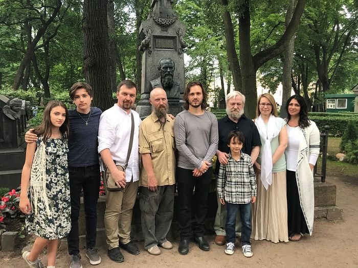 The Jacksons and the Dostoevsky family at the grave of Fyodor Dostoevsky