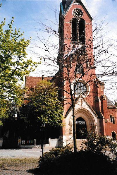 Evangelical Church of the Apostle Luke in Stuttgart, 1989