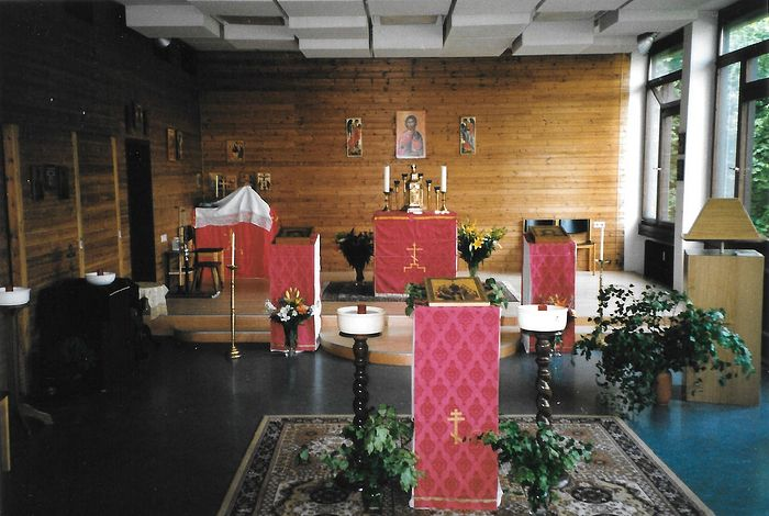 First service in the new location, May 30, 1999