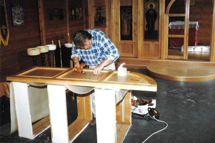 Installation of the iconostasis