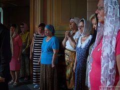 Родственники погибших при пожаре в торговом центре в Кемерове совершили поездку в Валаамский монастырь
