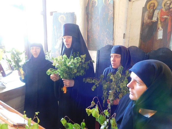 На клиросе в Шаровкином монастыре