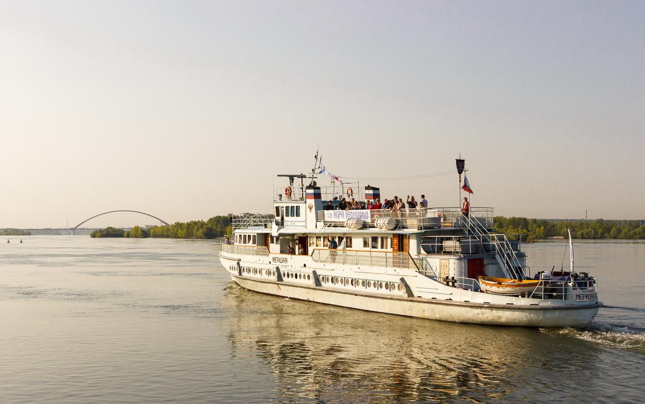 В ежегодный миссионерский рейс отправился корабль-церковь «Андрей Первозванный»