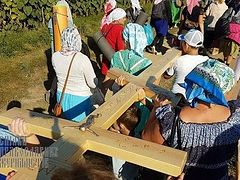 "Procession to ""Valley of Crosses"" in Ukraine where Mother of God appeared draws thousands (+ VIDEO)"