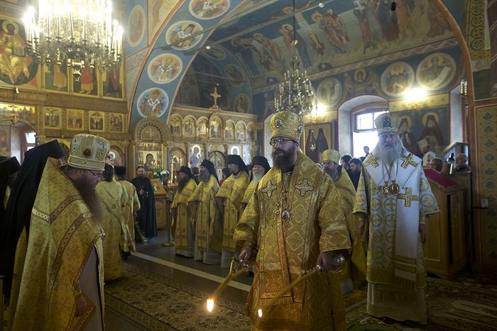 Divine Liturgy at Optina Monastery.