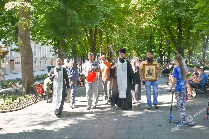 priest cleanses odessa city center with holy water after lgbt parade