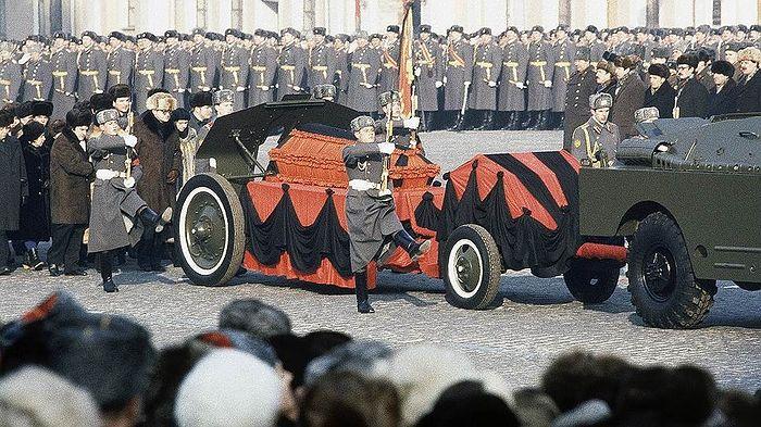 Похороны Юрия Андропова