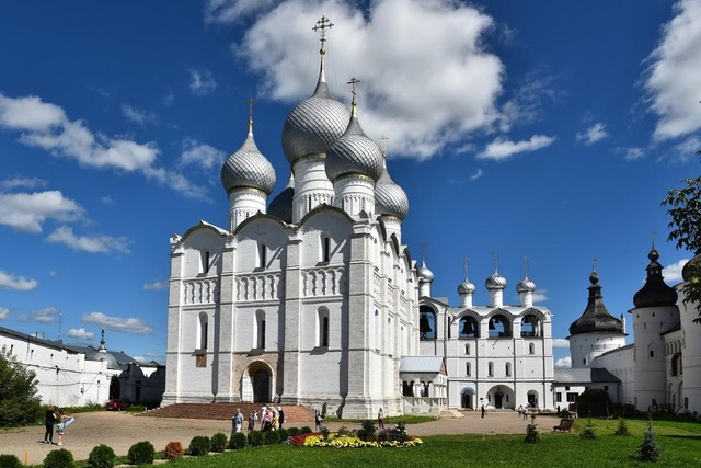 Dormition Cathedral, Rostov the Great. Photo: Wikiway.com