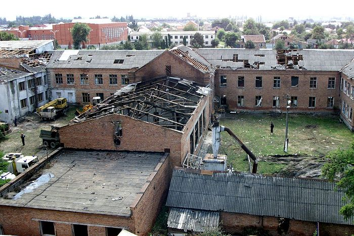 The school in Beslan where the terrorist attack took place, 2004. Photo by Photochronograph.ru