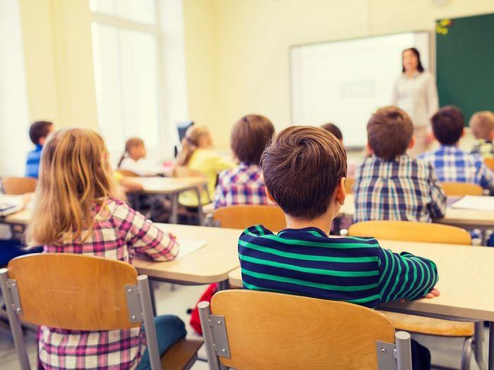 Школу на Фонтанах в Симферополе пообещали открыть в следующем году