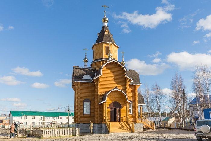Храм во имя преподобного Евфимия Великого в д. Шапша Ханты-Мансийского района