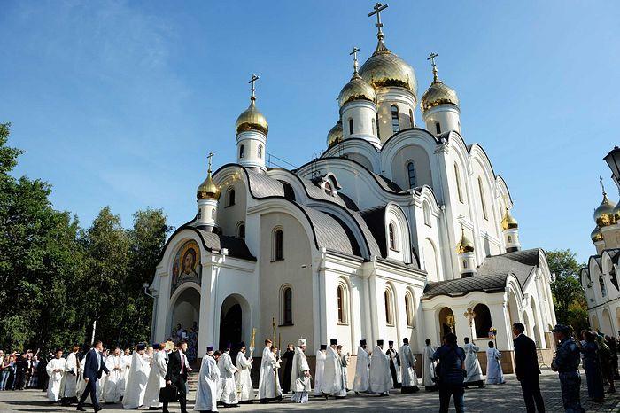 Великое освящение храма блаженной Матроны Московской в Дмитровском г. Москвы