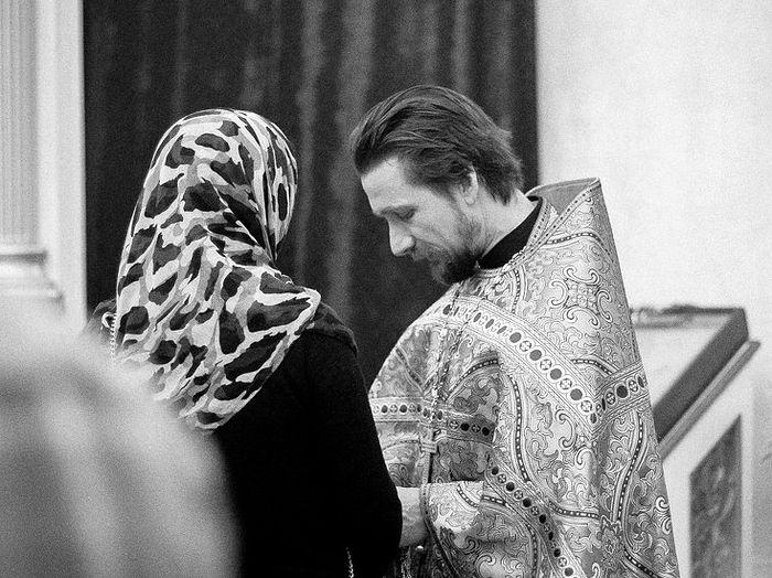 Молодая пара занимается сексом неподалеку от казанского собора ролик