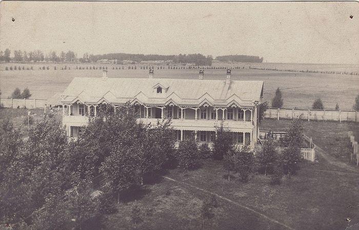 Один с корпусов монастыря, в котором располагались монашеские кельи