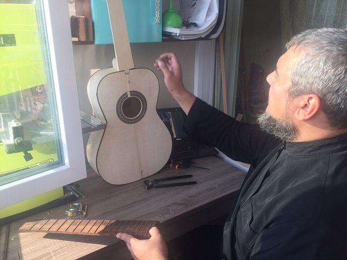 Отец Николай Ткачук за работой