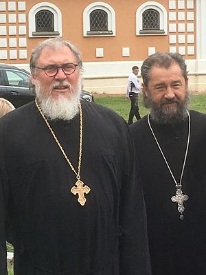 Митрофорные протоиереи отец Геннадий Зверев и отец Лев Нерода