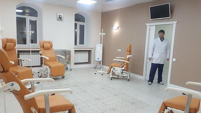 Заведующий отделением дневного стационара онколог Игорь Мыслевцев