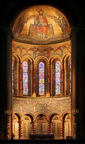 Апсида в церкви во имя Богородицы и свт. Николая в Уилтоне, Уилтшир (фото любезно предоставлено настоятелем прихода в Уилтоне)