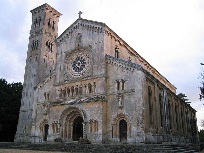 Церковь во имя Богородицы и свт. Николая в Уилтоне, Уилтшир