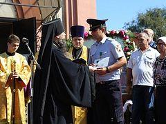 Сотрудникам Росгвардии и МВД, отразившим нападение террориста в Кизляре, вручены Патриаршие награды