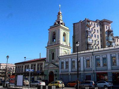 Колокольня московского храма Усекновения главы Иоанна Предтечи в Казенной Слободе передана Церкви