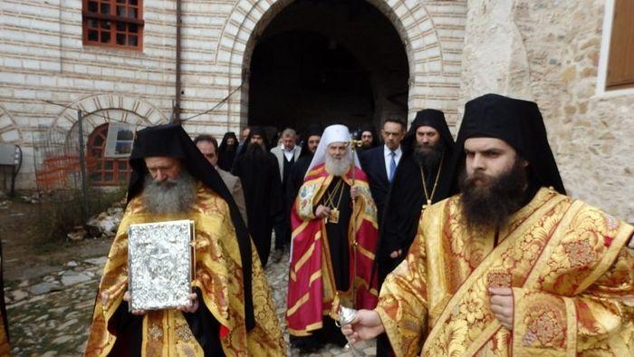 Долазак Патријарха Иринеја у Манастир Хиландар