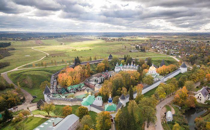 Свято-Успенский Псково-Печерский монастырь