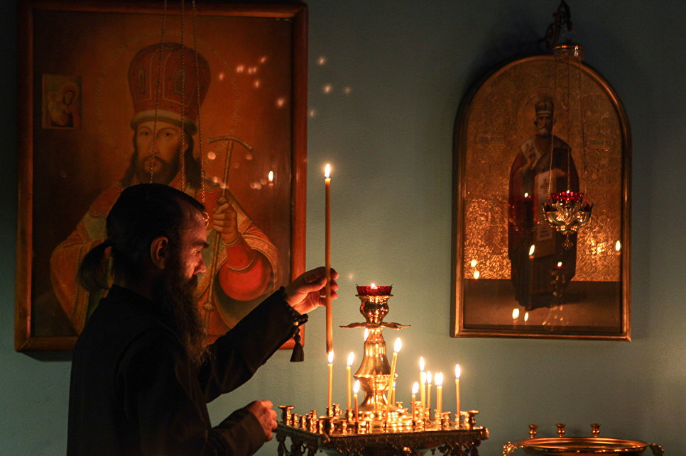 Госдума поддержала проект об отмене проверок условий труда для религиозных организаций