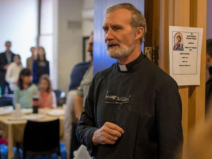 Священник Джефф Харви