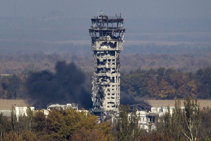 "The Donetsk airport after the terrible battle there between the Ukrainian ""Anti-terrorist operation"" and the forces of the ""Donetsk People's Republic"". Photo: ru-an.info"