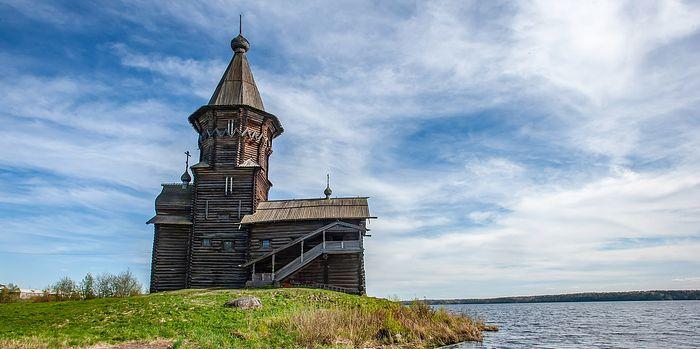 Успенская церковь до пожара. Фото:Илья Тимин/ТАСС