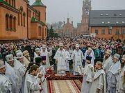 В Голосеевском монастыре Киева более 100 тысяч верующих почтили память монахини Алипии (Авдеевой)