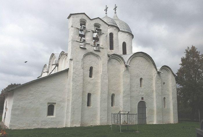 Псков, Собор Иоанна Предтечи бывшего Иоанновского женского монастыря в Завеличье, 13 в. Фото: Дженнет Щедрина