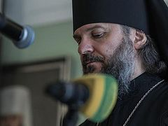 Rector of Moscow Theological Academy barred from Ukraine as Poroshenko declares all Ukrainian Church reps should leave