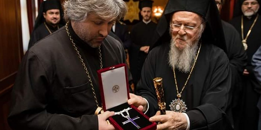 "Pat. Bartholomew awards ""Kiev Patriarchate"" priest who calls for murder and legalization of drugs, prostitution; canonically received another who actively promotes Hitler"