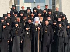 Two more dioceses support canonical status of Ukrainian Church and Met. Onuphry