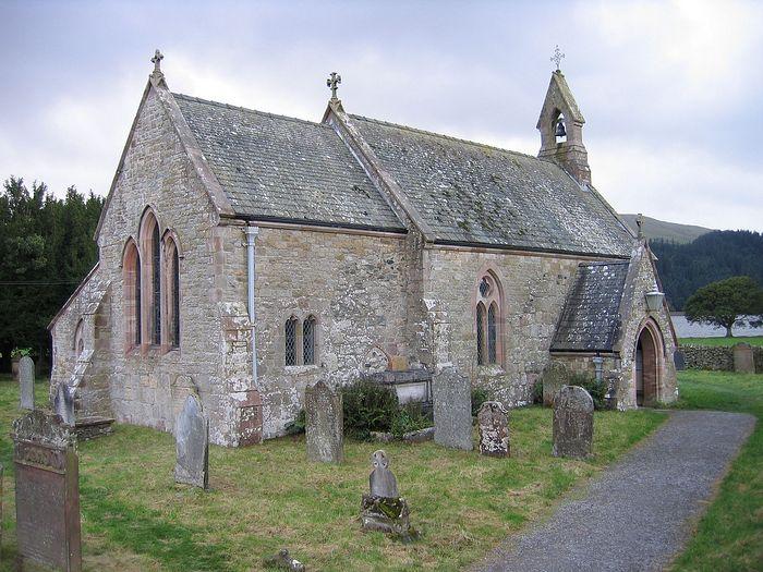 Внешний вид церкви прп. Беги близ деревни Бассентуэйт, Камбрия (любезно предоставлено иподиаконом православного прихода в Кесвике, Камбрия)