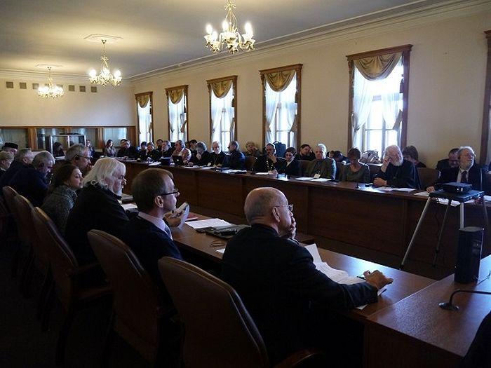 В конференции приняли участие около 70 священнослужителей, врачей-психиатров, научных сотрудников и представителей духовных школ из разных стран