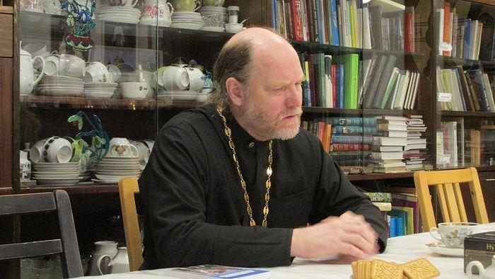 Отец Фома Хирвоя