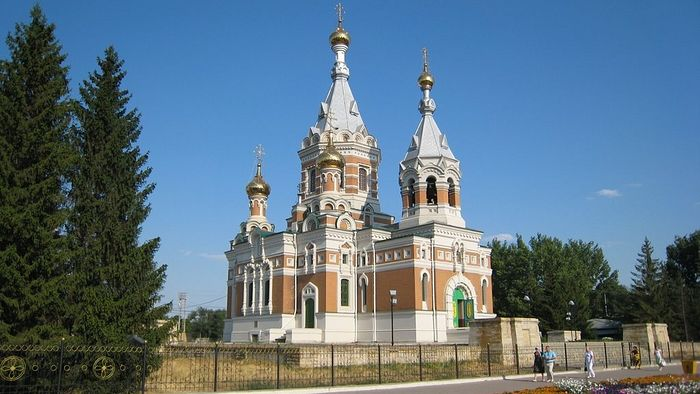"""The """"Golden Church"""" of Uralsk (the Church of Christ the Savior). While still tsarevich, Tsar Nicholas II was present at the laying of its foundation stone on July 31, 1891"""