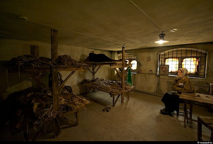 Reconstruction of a standard barrack for prisoners. Museum of the victims of political repressions