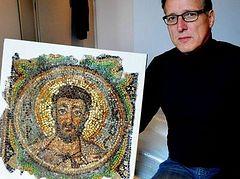 'Indiana Jones of art' finds stolen Cyprus mosaic