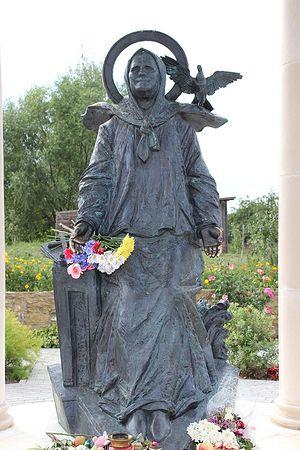 Памятник блаженной Матроне в селе Себино