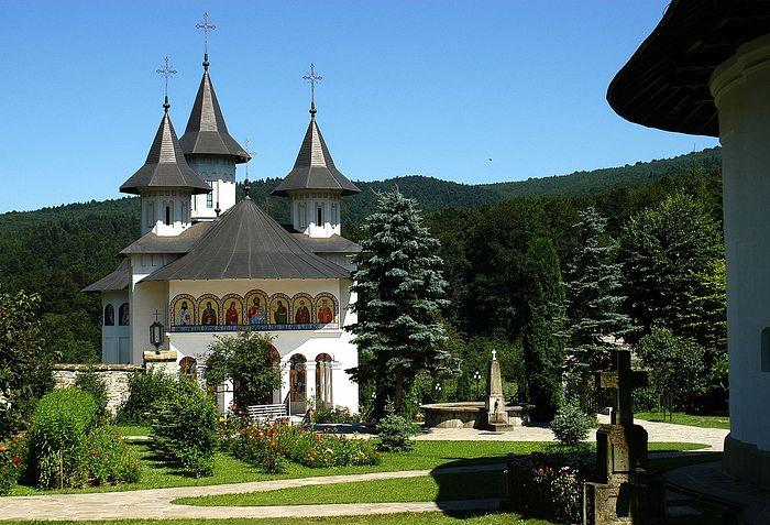 Монастырь Сихастрия