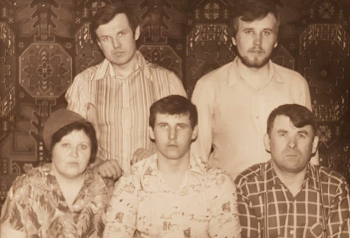 The Dorovskikh family (from left to right): Mother, Maria Alexeevna (now Schema-Nun Ioanna); son, Dmitry (now Igumen Seraphim); son, Alexander (now Metropolitan Daniel of Arkhangelsk and Kholmogory); son, Viktor (now Archbishop Tikhon of Yuzhno-Sakhalinsk and Kuril Islands); father, Gregory Ivanovich (later Schema-Monk Sabbatius; now reposed). Voronezh. The early 1980s).