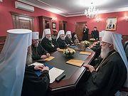 Синод УПЦ заявил о давлении украинских властей на епископат, духовенство и верующих канонической Церкви