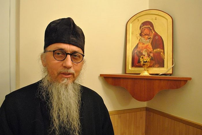 Hieromonk Gabriel—father confessor of the Pochaev pilgrims.