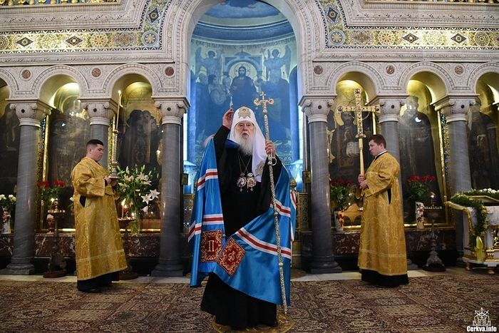 Philaret, still wearing his patriarchal kukol on Sunday. Photo: Romfea
