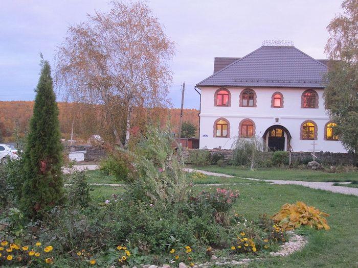 Gremyachevo Monastery